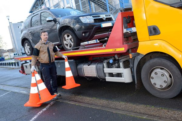 kłopoty na drodze podczas wakacji